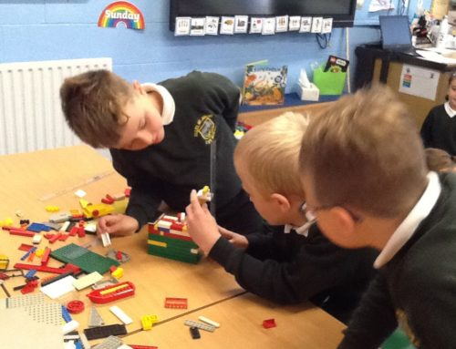 Holly Class measuring length in centimetres