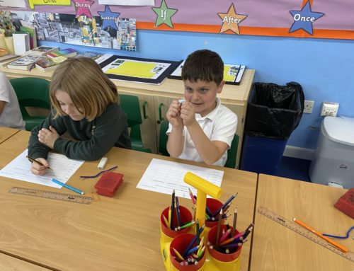 Holly Class Science- exploring materials